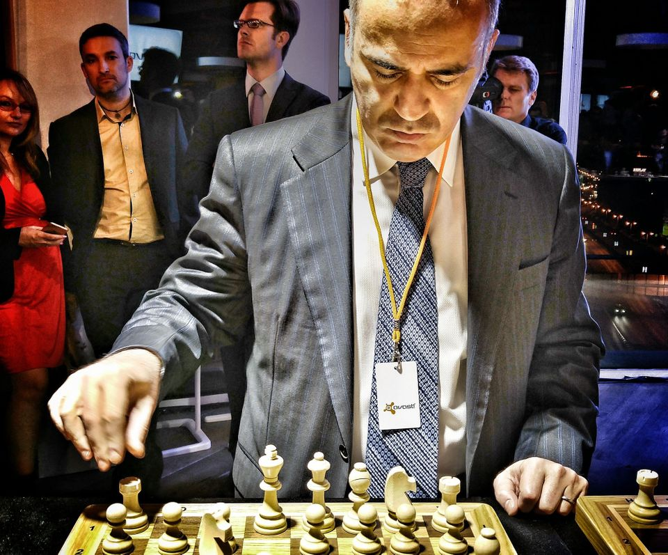 What it's like to play chess master Garry Kasparov
