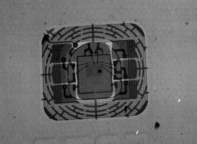 X-ray of an EMV chip. <i>Image by Daniel Cuthbert.</i>